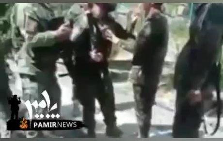 گریههای یک سرباز افغانستانی که نمیخواهد تسلیم طالبان شود