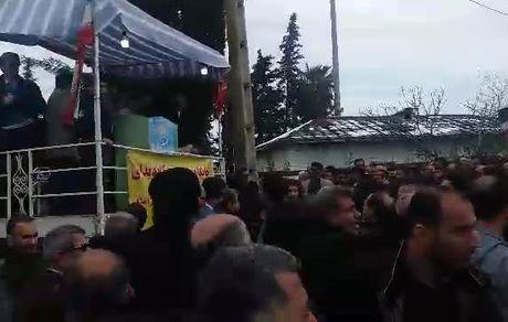 حمله مردم به کاندیداهای انتخابات مجلس!