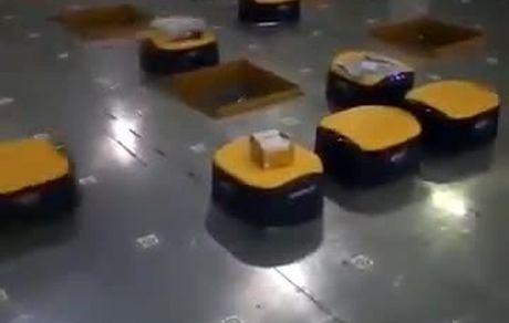 تفکیک بسیار جالب محمولههای پستی توسط رباتهای ژاپنی
