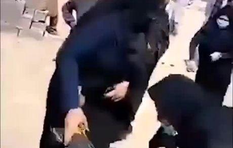 از عجایب ایران؛ هم مردم را خانه خراب میکنند هم کتکشان میزنند!