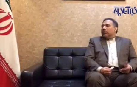 رفتارهای انحرافی احمدی نژاد جای افتخار دارد؟